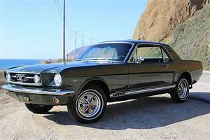 Cool Awesome 1966 Ford Mustang 1966 Mustang GT Green Low Miles Great Driver Professionally ...