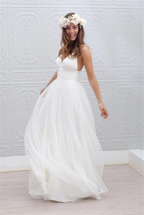 2015 beach wedding dresses cheap v neck spaghetti strap
