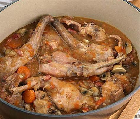 cuisine ivoirienne kedjenou lapin kédjénou une recette de côte d ivoire cuisine de