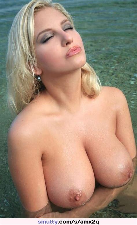 Blonde Milf Topless Cleavage Bignaturaltits Wet