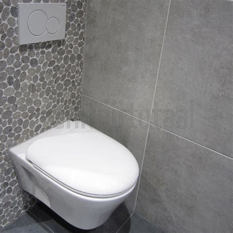 badkamer en toilet ideeen moza 239 ek tegels tegels badkamer grijs tegelstroken toilet