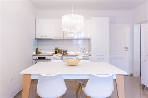 Stan: Pula, 50 m2*** moderno namjesten, dostupan kroz ...