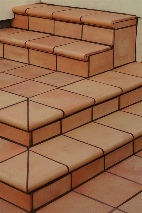 Terracotta Fliesen Verlegen Lassen Vom Fachmann