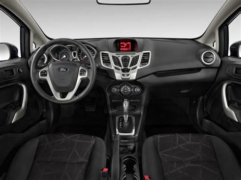 image  ford fiesta  door hb ses dashboard size