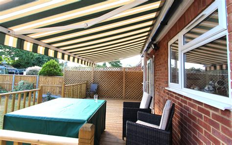 awnings  supply domestic commercial retractable patio