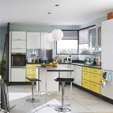 meuble cuisine jaune meuble de cuisine jaune delinia pop leroy merlin