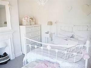 48 impressive bedroom design ideas in white digsdigs for White bedroom ideas