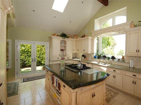 Kitchen Window Treatment Valances Hgtv Pictures & Ideas