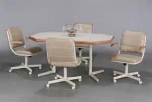 Metal Dinette Chairs wood amp metal dinettes chromcraft dinette set white