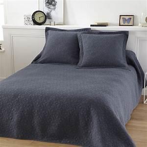 Parure De Lit Bleu : parure couvre lit lulu bleu linge de lit de qualit tradition des vosges ~ Teatrodelosmanantiales.com Idées de Décoration