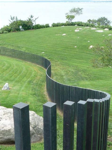 Blickdichte Zäune Metall by Gartenzaun Bau Ideen Holzpfosten Grau Wellen Garden