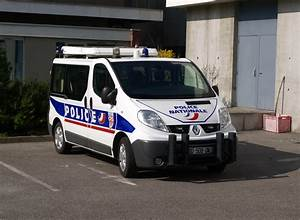 Renault Strasbourg : file fourgon renault autoroutes crs strasbourg mars 2014 jpg wikimedia commons ~ Gottalentnigeria.com Avis de Voitures