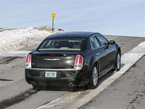 2014 Chrysler 300c Road Test & Review