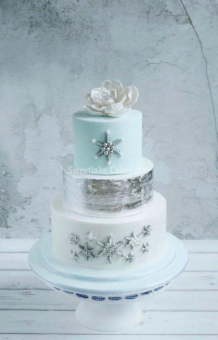 Cheap Wedding Decorations Uk by Top 12 Elegant Christmas Multi Tiers Cakes Cheap