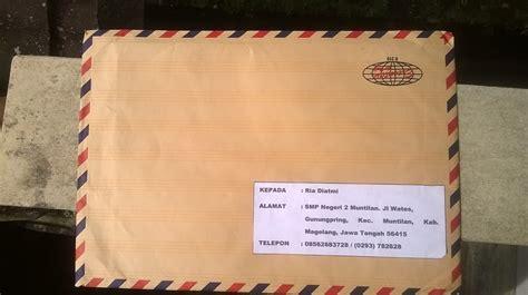 mengirim paket dokumen surat melalui jne aditya webcom