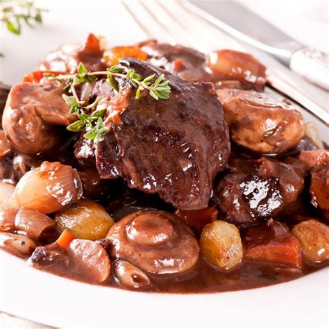 quel vin pour cuisiner un boeuf bourguignon recette boeuf bourguignon facile et rapide