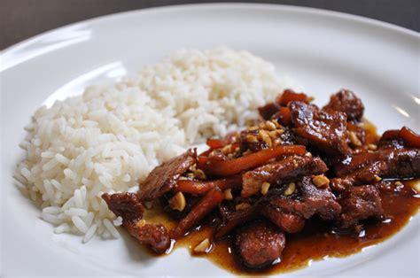 cuisine aux fraises sauté de porc au caramel à la vietnamienne hervecuisine com