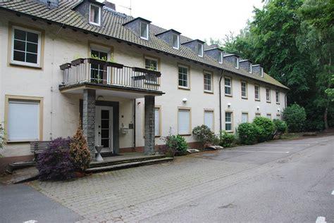 Wohnung Mit Garten Witten by Haus Bommerholz Wird F 252 R Fl 252 Chtlinge Umgebaut Witten
