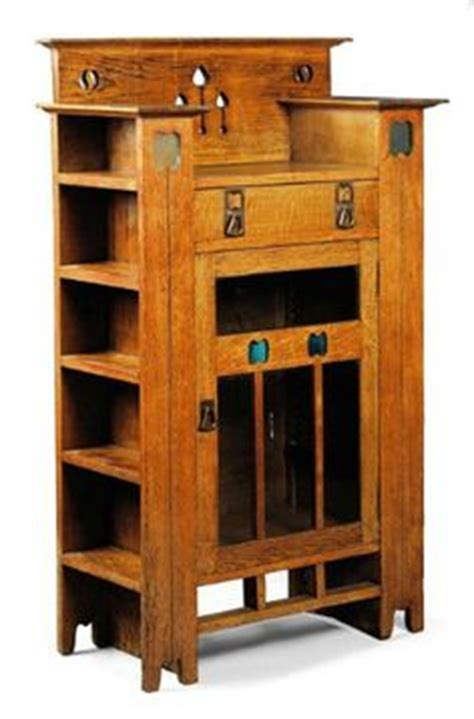 pictures of antiqued kitchen cabinets 1000 images about arts and crafts movement 1860 1910 on 7438
