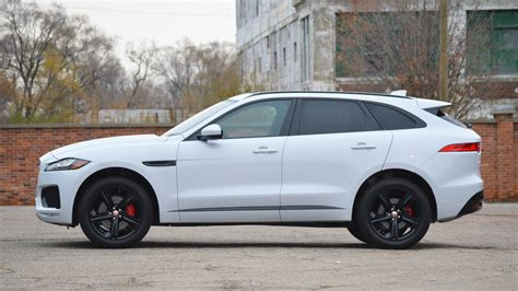 Review Jaguar F Pace by Jaguar F Pace Is The Suv To Win World Car Of The Year