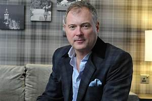 John Leslie sex attack claim: TV host questioned by police ...