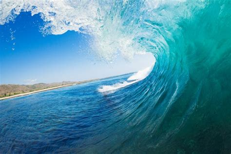 kamere inspiration matters surf photographer catches