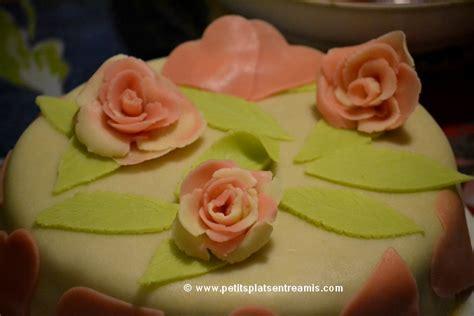 d馗oration des plats en cuisine gâteau de la valentin petits plats entre amis