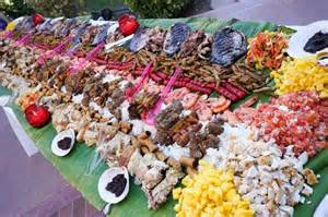 9 best images about boodle fight on Pinterest   Banana