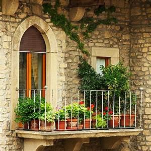balkongestaltung als teil der wohnungseinrichtung With französischer balkon mit japanischer garten typische pflanzen