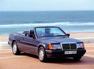 Mercedes W124 Cabriolet : mercedes c l bre les 25 ans de la classe e cabriolet ~ Maxctalentgroup.com Avis de Voitures