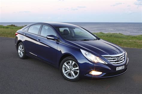 hyundai i45 review photos caradvice