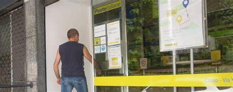 Ufficio Postale Erba Canzo Senza Le Poste Ufficio Chiuso Per Lavori Erba Canzo