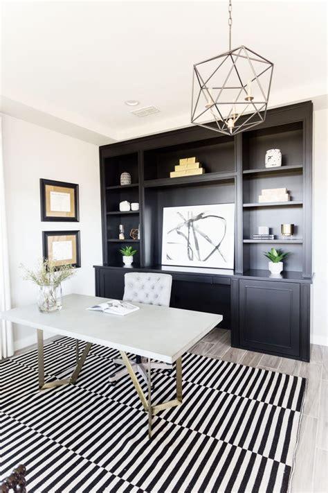 Black-And-White Modern Home Office | HGTV