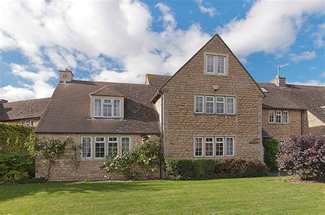 Cotswolds Cottage by Cotswold Cottages