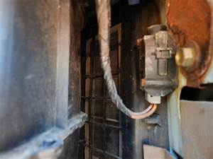 Electric Fuel Pump Relay Location - Page 4