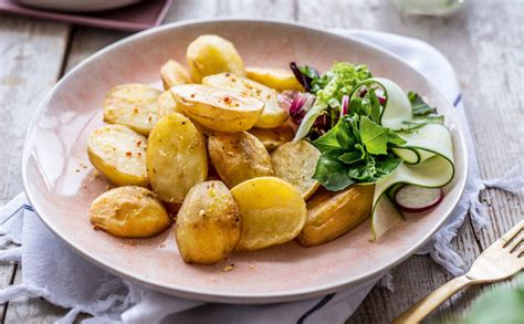 Kraukšķīgās kartupeļu daivas - Jauns.lv