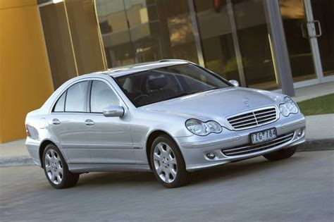 Review Mercedes C Class Sedan by Review Mercedes W203 C Class Sedan 2000 07