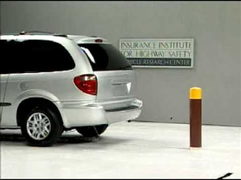 town and country test crash test 2001 dodge grand caravan chrysler town and country 5 m p h rear into pole iihs