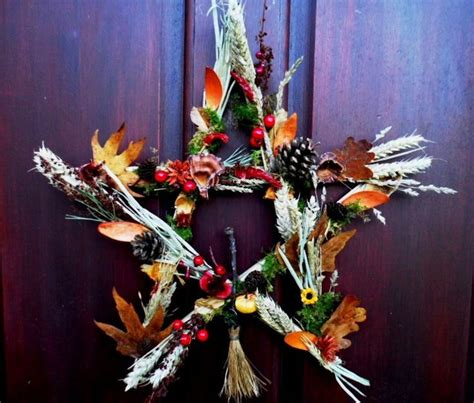 Wiccan Decor - samhain pentagram wreath pagan wiccan handmade