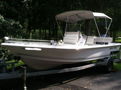 19 Ft Boat by 2004 Sea Pro 19 Ft Bay Boat Sv1900cc The Hull