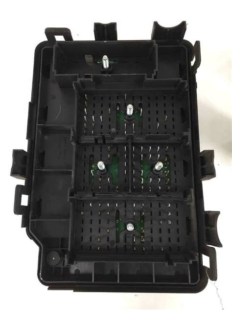 06 Cobalt Fuse Box by Oem 05 06 Chevy Cobalt Engine Fuse Box 2 0l Manual Tested