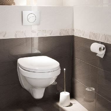 ton dans les toilettes le carrelage wc se met 224 la couleur pour faire la d 233 co
