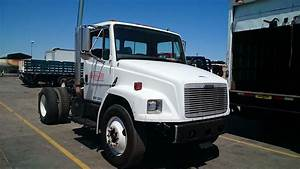 1999 Freightliner Fl70