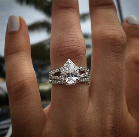 everything you need to know about pear shaped diamonds raymond jewelers