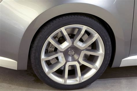 Mad 4 Wheels 2005 Nissan Azeal Concept Best Quality