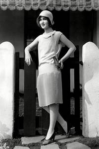1920s Fashion History: The Iconic Women Who Defined It ...