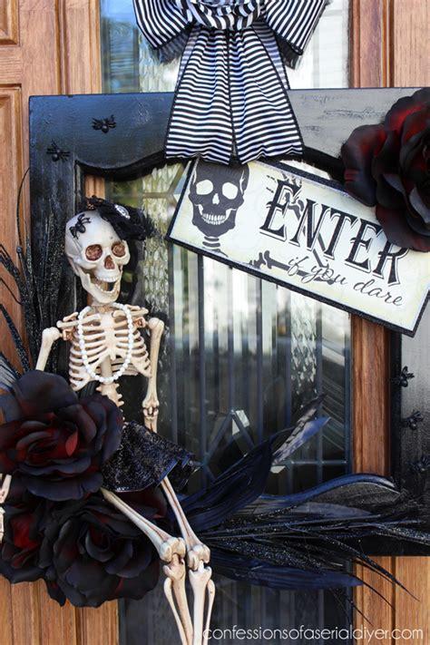 hometalk halloween wreath   cabinet door