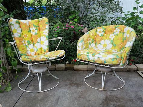 Homecrest Patio Furniture by Mid Century Modern Homecrest Patio Chairs Set Wire Swivel