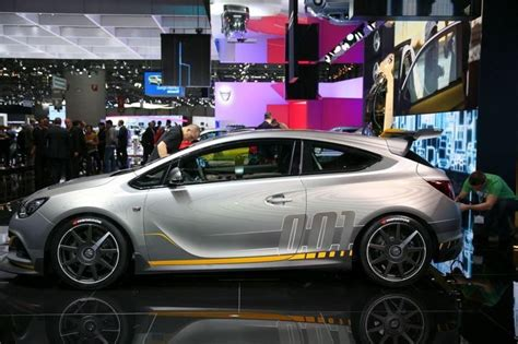 300hp Opel Astra Opc Extreme 2014 Photo 108711 Pictures At