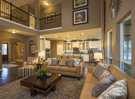 stunning spacious living room perfect  entertaining